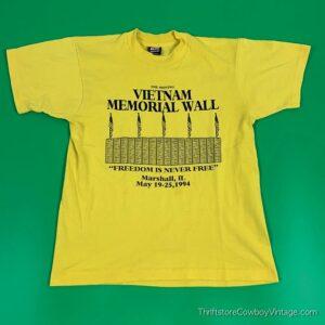 Vintage MOVING VIETNAM MEMORIAL WALL T-SHIRT 1994 MEDIUM