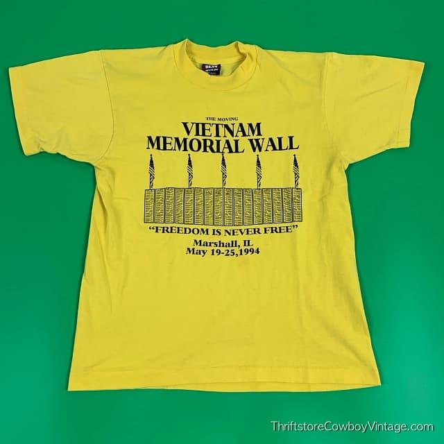 Vintage MOVING VIETNAM MEMORIAL WALL T-SHIRT 1994 MEDIUM 3