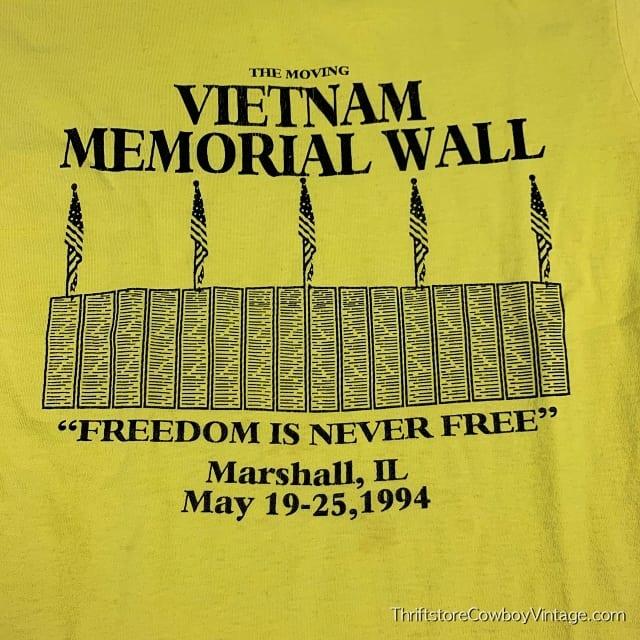Vintage MOVING VIETNAM MEMORIAL WALL T-SHIRT 1994 MEDIUM 4