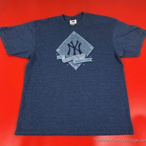 NEW YORK YANKEES T-SHIRT Nike Team 2008 Distressed LARGE