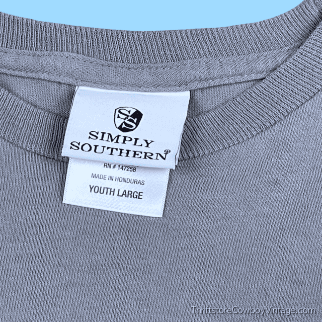 SIMPLY SOUTHERN COLLECTION T-SHIRT SMALL 8